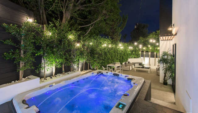 luxury Los Angeles real estate market