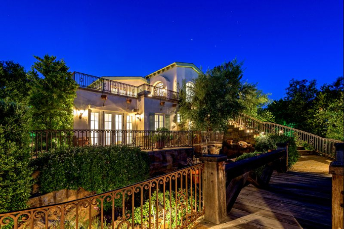 Beverly Hills Home Formerly Owned by Eva Longoria